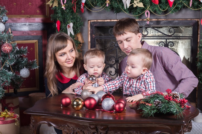 Новогодние традиции. Что должен знать малыш про Новый год?
