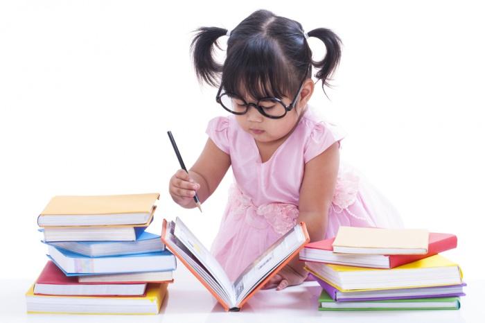 Раннее обучение чтению - за или против